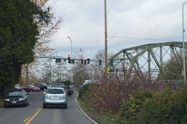 Milroy Bridge over Puyallup River